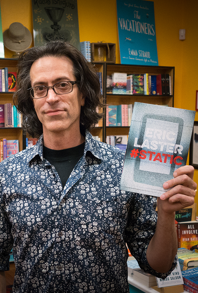 Author Eric Laster and his YA debiut novel, STATIC.